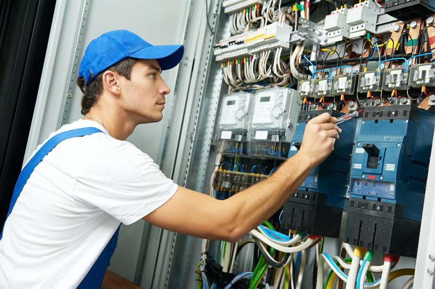 Are your professional competences sufficient to work abroad as an electrician, motor vehicle mechanic?
